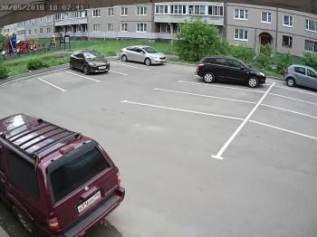 ул. Ломоносова 2 Стоянка
