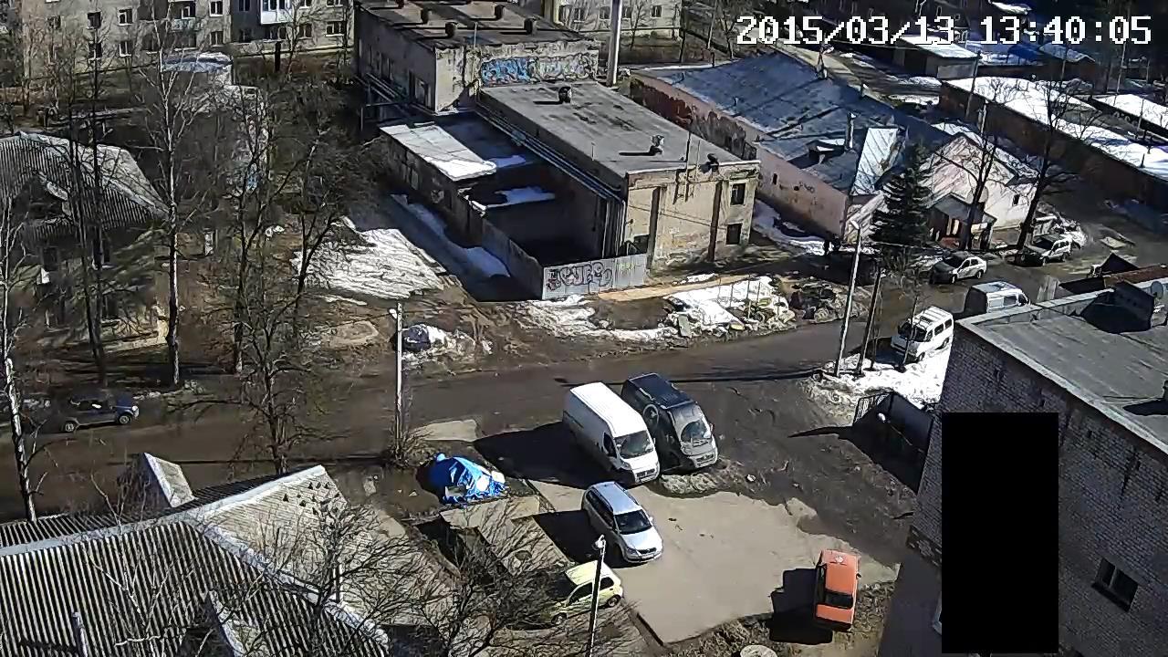 Горе-водитель на улице Ломоносова