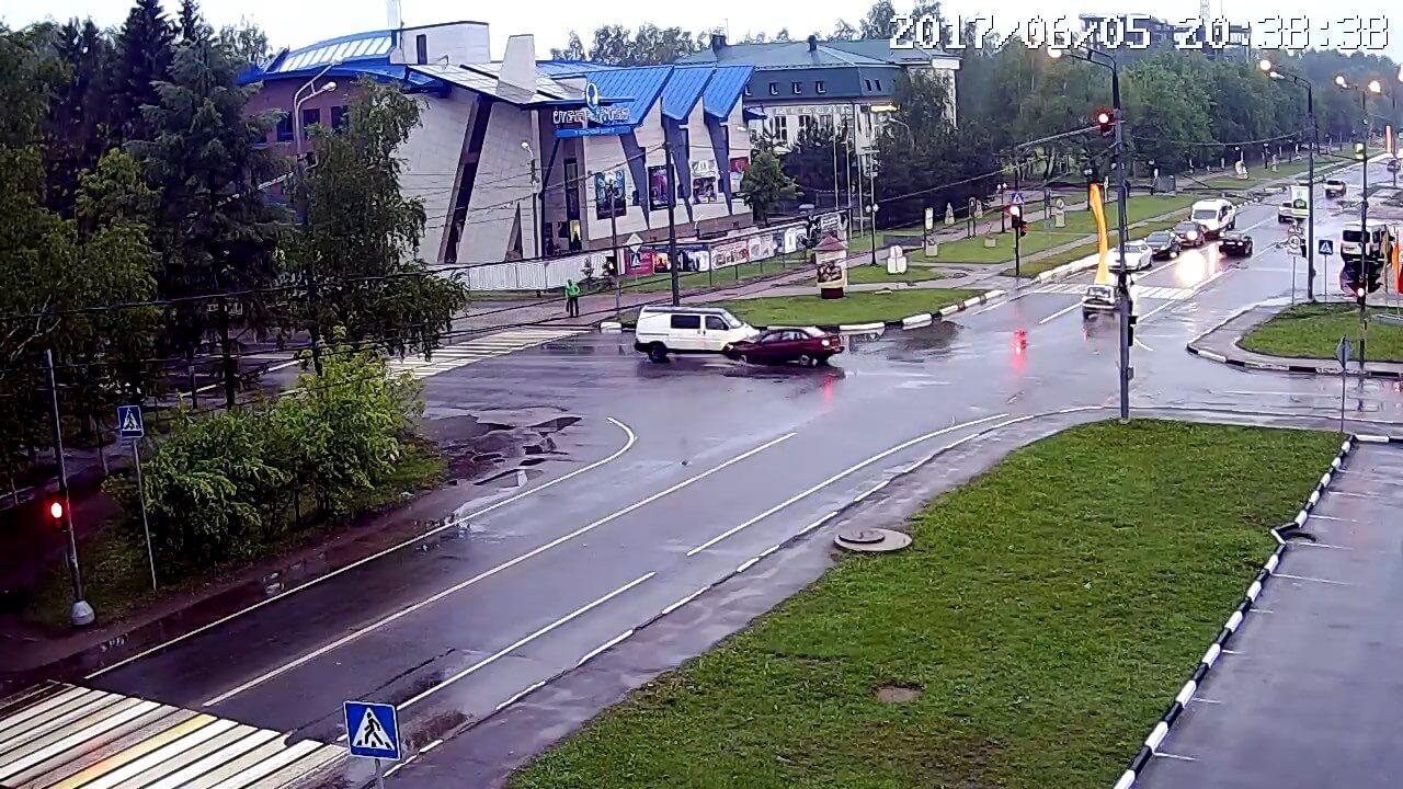 Авария на светофоре