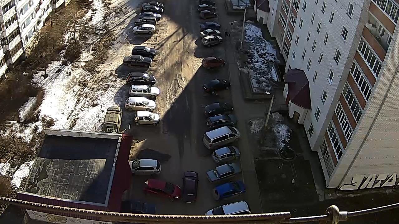 ДТП во дворе ул.Майолик, д.6
